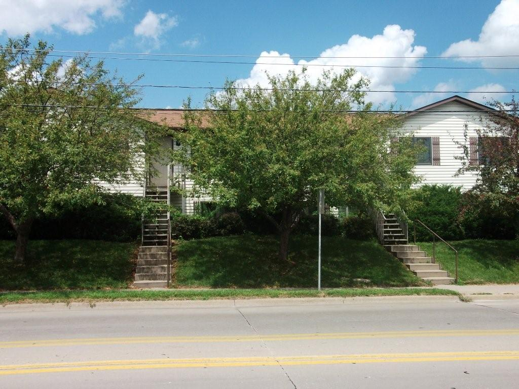 204 W. Benton St. – 4 Bed, 2 Bath – Iowa City