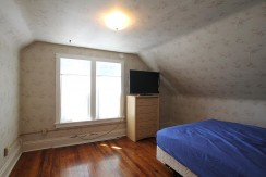 226orchardctbedroom1_1200