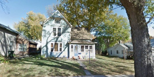 324 Church St. – 4 Bed, 2 Bath – Iowa City