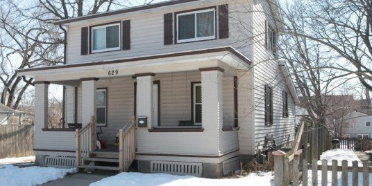 629 Ronalds Street – 3 bed, 1 bath