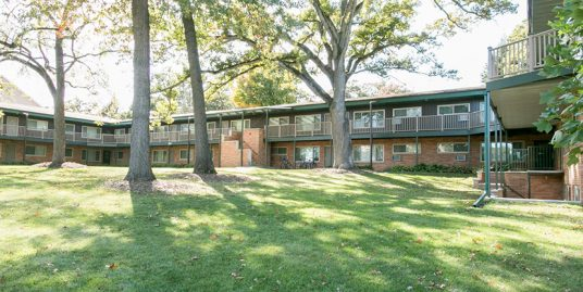315 Ellis Ave. #1–#5, #13–#19 – 1 Bed, 1 Bath – Iowa City